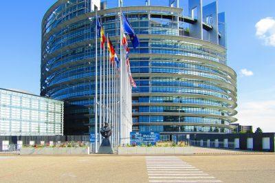 KORONAVÍRUS - A járvány miatt nem tér vissza Strasbourgba az Európai Parlament - egyébként is púp a hátukon a végnélküli hurcolkodás