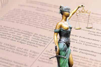 A bíróság nem helyettesítheti saját indokolását az alperesi határozat indokaival
