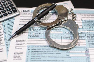 Ügyvédeket is érintő újabb jelentéstételi kötelezettség - Véget vethet a határon átnyúló adócsalásoknak az agresszív adótervezési stratégiák kötelező jelentése