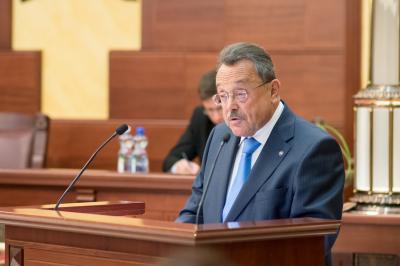 Miként történelme során többször, a honi ügyvédség megbírkózik ma is gondjaival, mert erős közösség - mondta a MÜK elnöke a VIII. Magyar Ügyvédnapon