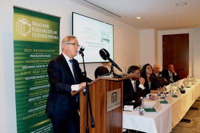 Az állami bíróságok és a választottbíróságok szervezeti együttműködése fejlesztésre szorul - mondotta dr. Darák Péter a szervezet fennállásának hetvenedik évfordulóján
