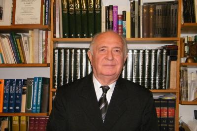 Kitüntetés - Dr. Virágh Pál