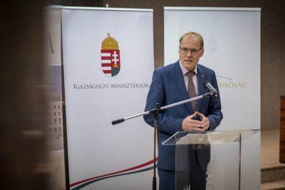 Szabadság és felelősség a jogalkotás és a jogalkalmazás tükrében - A Kúria elnöke az alkotmányos dialógus jelentőségéről