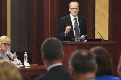 Őszig helyreállhat a bizalom az Országos Bírói Tanácsban - A Kúria elnökének félévi értékelője