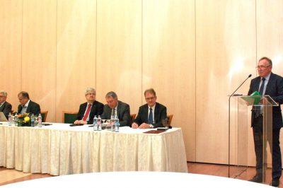 Debrecen: Nyitni akarnak a MÜK, a társkamarák és más szakmai hivatásrendek felé