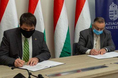 Az áldozatsegítési rendszer hatékonyságának növeléséért együttműködési megállapodást írt alá az IM és az NBT