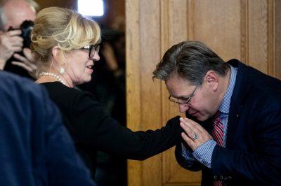 Alkotmánybíróvá választják dr. Handó Tündét - Ki lesz az utód az OBH élén?