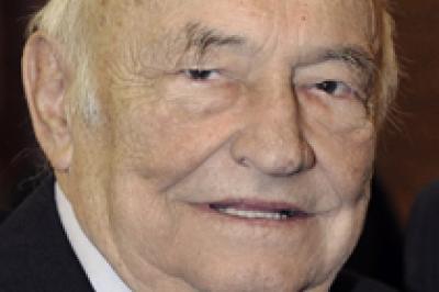 Elhunyt dr. Józsa Domokos