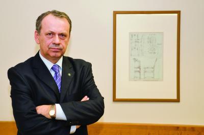 Veszélyben a bírói függetlenség - A megoldás: politikai elhatározás kérdése - Makait idézte az M1
