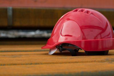 Munkabiztonsági és munkaegészségügyi projektet zárt az iparszövetség