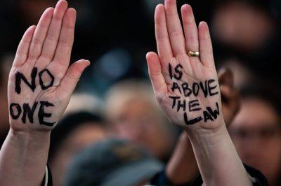 Mi szükségeltetik egy demokráciában? – Az IBA szerint: független bírák és szabad sajtó