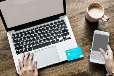 Ősztől kötelező lesz a biztonsági kód használata az internetes vásárlásoknál, az ügyfeleknek is van teendője