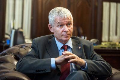 Az ügyészség elkötelezett az uniós támogatások kapcsán tett jelzések kivizsgálása mellett - mondta a legfőbb ügyész