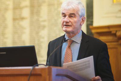Az ügyvédi hivatás  eddig alig ismert nemzetközi összefügéseinek részleteiről beszélt interjújában dr. Szecskay András