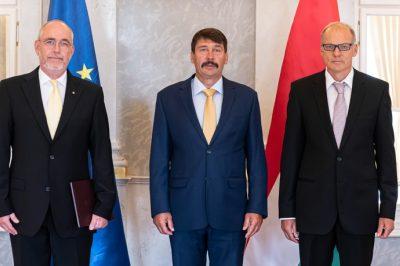 Dr. Székely Ákost nevezte ki a köztársasági elnök  a Kúria elnökhelyettesévé