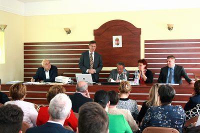 A magyar ügyvédség alapkövei: a területi kamarák – Pozitív gondolkodással hasznosra fordítani a kényszerűt - Kamarai közgyűlés Tatán
