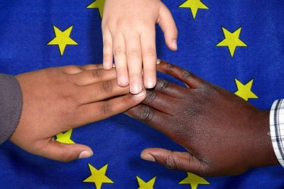 Új uniós cselekvési terv a migránsok hatékonyabb integrálására