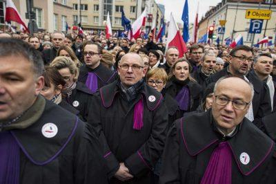 Nem tűrjük a demokrácia, a jogállamiság és az alapvető jogok megsértését! - Brüsszelben júniusban nagy demonstrációt terveznek az európai ügyvédi kamarák