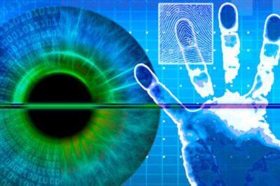 A biometrikus alapú tömeges megfigyelés tilalmának bevezetését mérlegeli az EU - Kína, a riasztó példa, eu-s cégek termékeivel vizslatják állampolgáraikat - Az AI tiltakozik