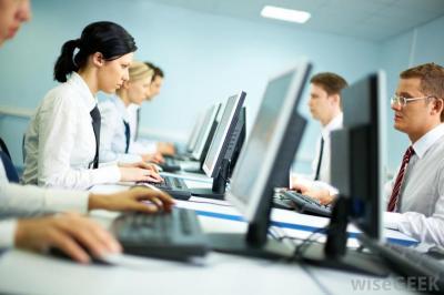 Egyre nőnek a cégek jogi és adózási kockázatai