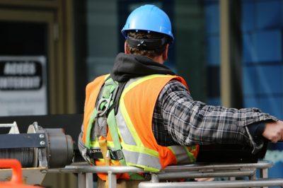Szolgáltatás szabadsága vs. munkavállalói védelem