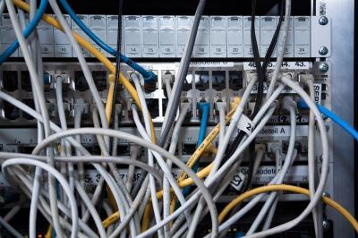 Bizonytalanságok az elektronikus bírósági kapcsolatok körül