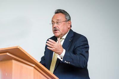 Amivel szembe kell néznie az ügyvédségnek - Dr. Bánáti János helyzetelemzése