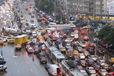 Lemondott a román legfőbb ügyész - Nem járt volna neki rendőrök felvezette konvoj