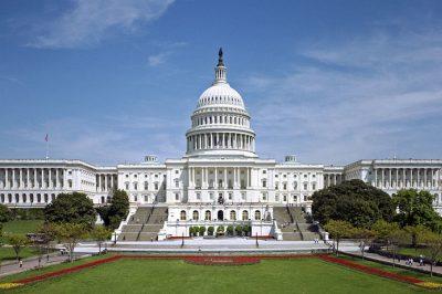 Letette az esküt az amerikai szövetségi legfelsőbb bíróság új tagja