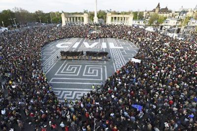 Uniós jogot sért a civil szervezetek külföldi finanszírozásáról szóló magyar törvény - TASz, MHB, Kormány- és Századvég kommentárok