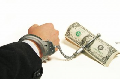 Ügyfelei pénzét elsikkasztó szegedi ügyvéd ellen emeltek vádat