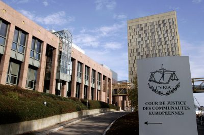 Közjegyző lehet nem magyar állampolgár is - Európai Bírósági határozat