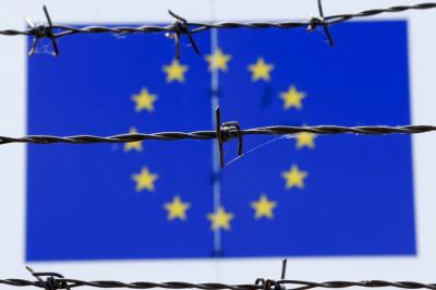 Eljárások cunamija a menekültügyi szabályok be nem tartása miatt