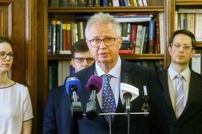 Egymilliárd forinttal támogatja a kormány a szegedi jogi kar fejlesztését - Dr. Trócsányi László: Nem igaz, hogy a kormányzat büntetné a várost