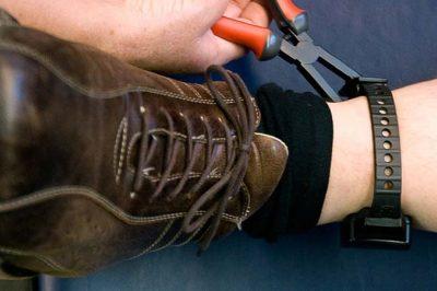 Egyre többször alkalmazzák az elektronikus lábbilincset