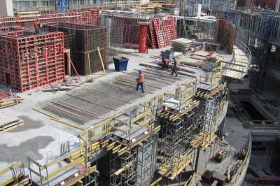 Kényszerű átstrukturálás előtt az építőipar? - Piaci reakciók a közbeszerzési törvényre
