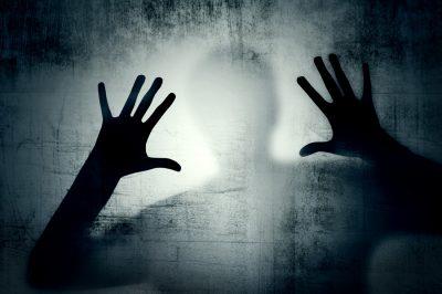 Félelemkeltés veszélyes erővé formálódott – Az AI éves jelentése