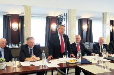 Szemléletváltásra van szükség - Kamarai közgyűlés Győrben