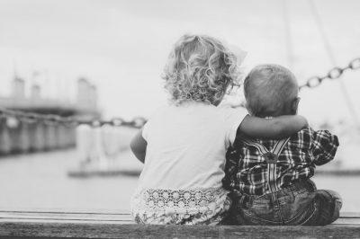 Jogsértő az orosz gyerekek amerikai örökbefogadását tiltó törvény