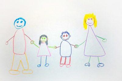 Gyorsabban kerülhetnek örökbefogadókhoz a gyermekek