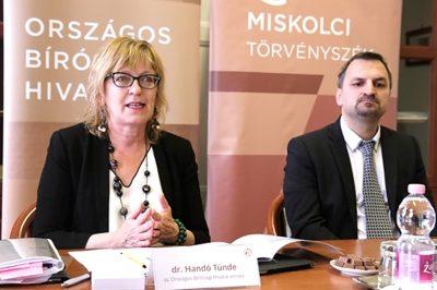 Sajtóértesülések szerint alkotmánybíró lehet dr. Handó Tündéből – lehetséges utóda a Miskolci Törvényszék elnöke, dr. Répássy Árpád