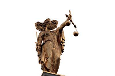 Háromfejűvé válhat az igazságszolgáltatási rendszer – Ahogyan a jogszociológus látja