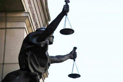 Belső viták az igazságügyi szakértők új kamarai törvénytervezete körül