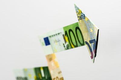 Ingatlanforgalmazói kötelezettségek a pénzmosás kizárására