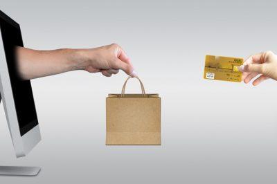 Internetes oldalán nyújt a NAV segítséget a biztonságos internetes vásárláshoz