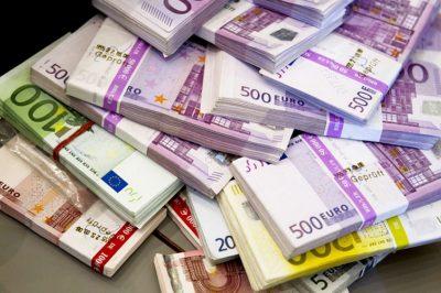 Szigorítják az uniós határt átlépő készpénzforgalom ellenőrzését