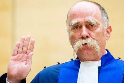 A Nemzetközi Büntetőbíróság sajátos helyzete