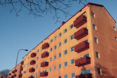 Minden tulajdonosának hozzá kell járulnia a közös tulajdonú épületrészek fűtési költségéhez – EUB döntés