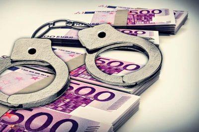 Minősített csalással vádolnak egy volt győri ügyvédet