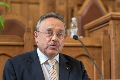 A jogi felsőoktatás korszerűsítését sürgeti a MÜK elnöke -  Az ügyvédség kész segíteni